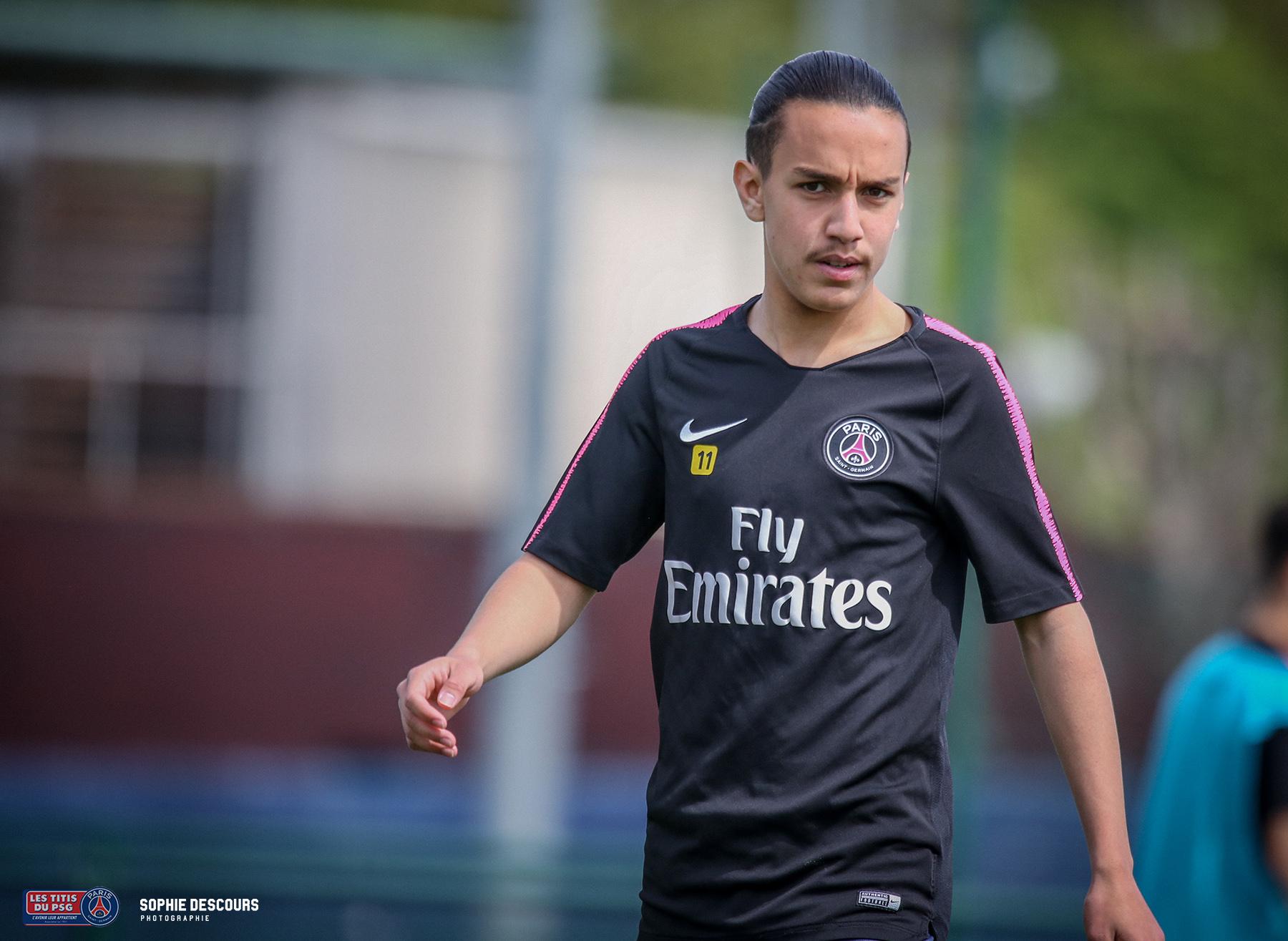 Massinissa Oufella pendant le match PSG LOSC U19 le 21/04/2019