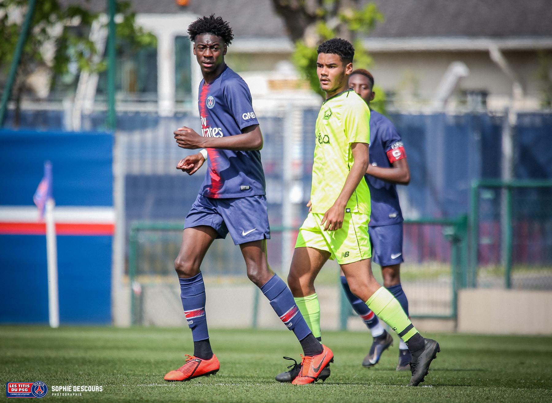Maxen Kapo milieu de terrain U19 pendans le match PSG-LOSC le 21/04/2019
